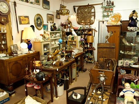 Interior Design Stores by Find A Antique Shop Antiques Collections Around The