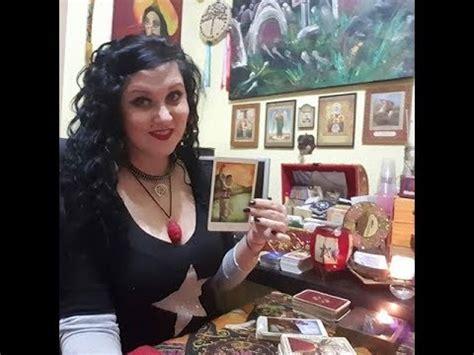 Cuanto cobran las Brujas, videntes o mediums? - YouTube