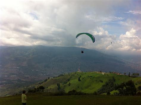 eleven free roundtrip flights from boise to seattle worldwanderlusting