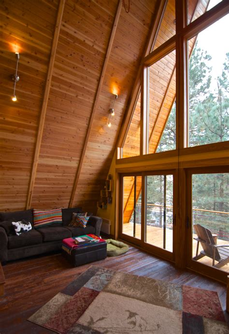 hilton construction retro  frame cabin