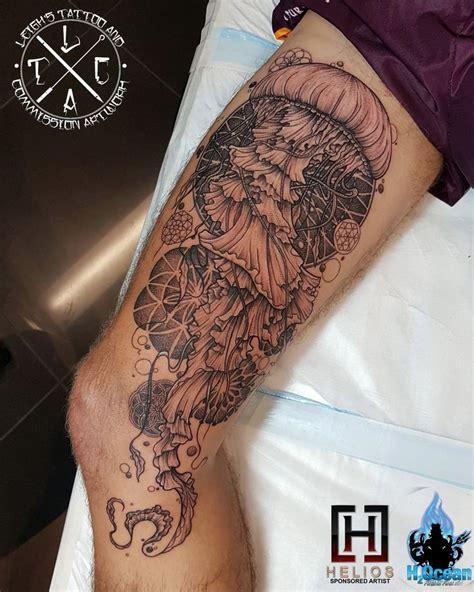 mandala jellyfish tattoo 25 best ideas about geometric mandala tattoo on pinterest