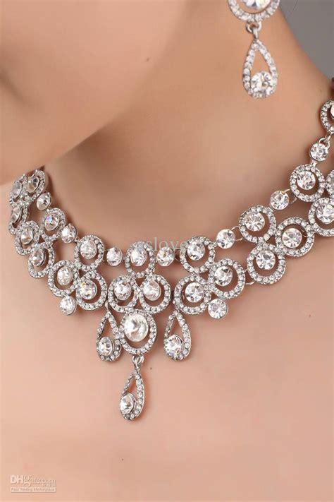 Kalung Fashion Korea Choker Classic Design gold wedding ring designer necklace earrings