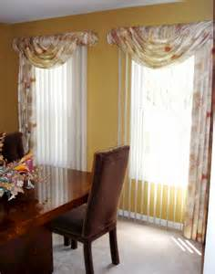 Fancy Window Curtains Ideas Decorating Ideas Fancy Window Treatment Decoration Using Flowery Valance Blind Including