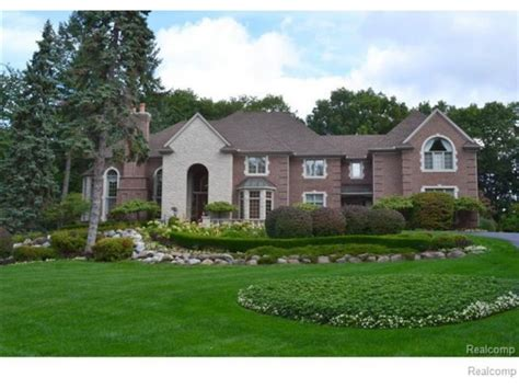 houses in michigan michigan wow houses 4 amazing estates priced at 2 4