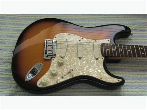 Neckplate Fender Anniversary 50th For Stratocaster fender deluxe strat plus usa 50th anniversary 3 gold lace