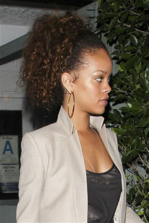 pictures rihanna s brown hair is back rihanna zimbio