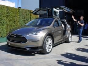 new car tesla 2016 tesla model x suv release date specs review