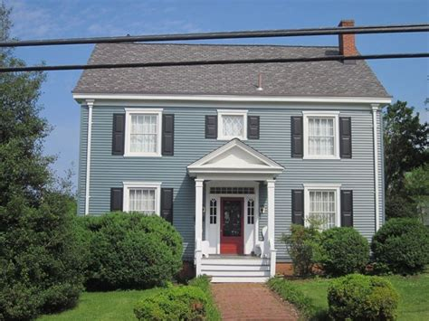 blue house with red door 44 best images about house on pinterest exterior colors