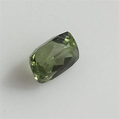 Green Diopside 1 2 carat green russian diopside gemstone colonial gems