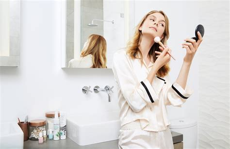 Bad Habits Putih menurut founder faced ini 5 habit jahat yang sering kamu lakukan tanpa sadar