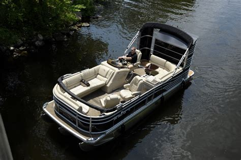 pontoon boats with bathroom bennington pontoon boat retrofit