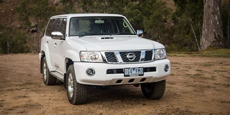 nissan patrol 2016 2016 nissan patrol st y61 review caradvice