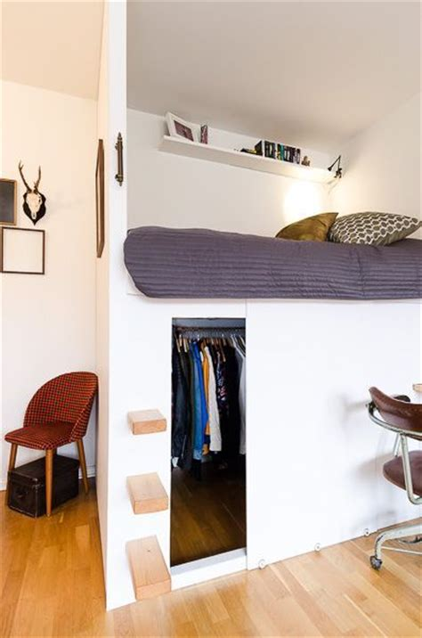 Loft Beds With Closet Underneath by Best 20 Closet Bed Ideas On Bed In Closet