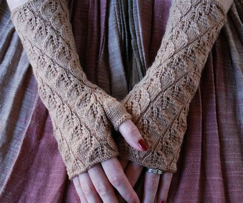 knit fingerless gloves pattern fingerless gloves to knit and crochet arts to crafts