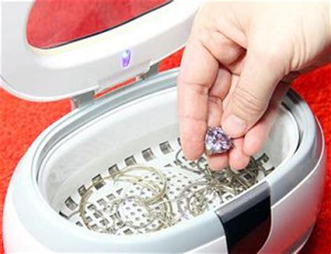 Wie Bekommt Silber Sauber by Platinschmuck Reinigen Hausmittel Ultraschall