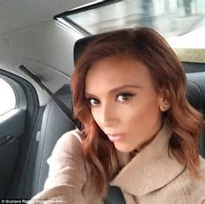 giuliana rancic instagram video giuliana rancic debuts diy red locks before working the