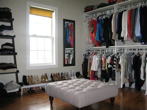 turning a small bedroom into a walk in closet best 25