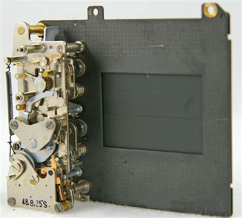 Meja Counter Per Meter focal plane shutter