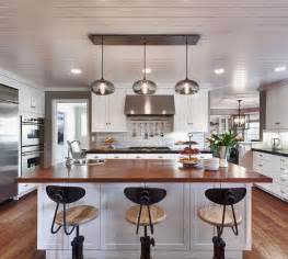 Pendant Lights For Kitchen Islands by Kitchen Island Pendant Lighting In A Cozy California Ranch