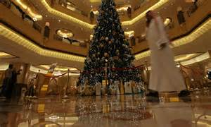 163 7m christmas tree abu dhabi emirates palace hotel