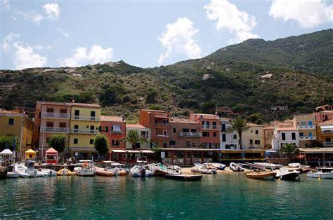 appartamenti vacanze isola giglio vacanza all isola giglio i nostri consigli