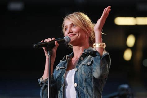 Cameron Diaz Is Offensive by Cameron Diaz Cuts After Questions