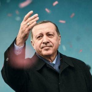 consolato olandese turchia il presidente erdogan quot olanda fa terrorismo di