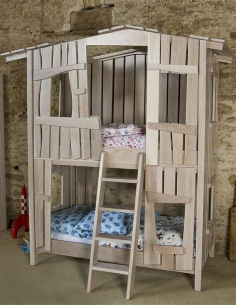 kids pallet bed wooden pallet kids bed houses jpg 600 215 776 pixels