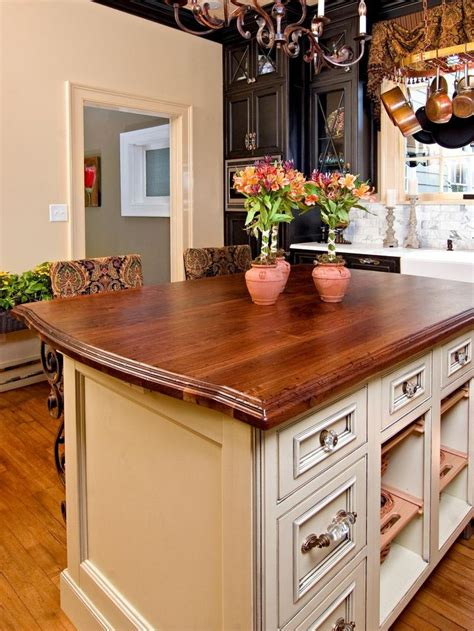 country kitchen islands 23 best french country kitchen images on pinterest