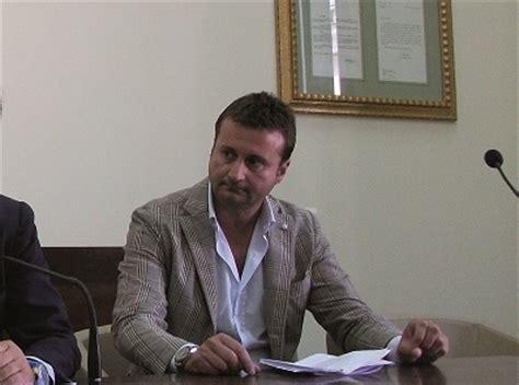 ufficio di collocamento battipaglia polizia municipale santomauro vuole far fuori il