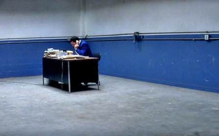 punch drunk love bathroom punch drunk love 2002 by paul thomas anderson unsung films