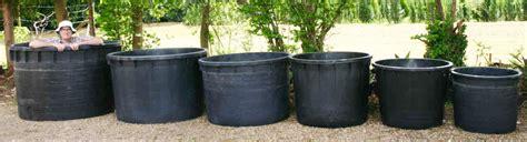 planters and plant pots