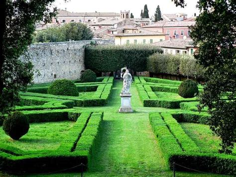 giardini toscani giardino horti leonini a san quirico d orcia siena