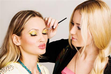 freelance makeup artist in pune mugeek vidalondon
