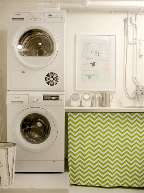 10 Chic Laundry Room Decorating Ideas Interior Design Small Laundry Room Decorating Ideas