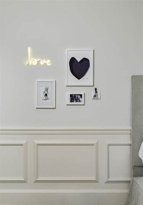 how to hang photo frames on wall without nails how to hang picture frames without drilling into your wall
