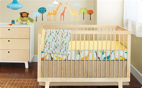 Amazon Com Skip Hop Complete Sheet 4 Piece Crib Bedding Giraffe Nursery Bedding Set