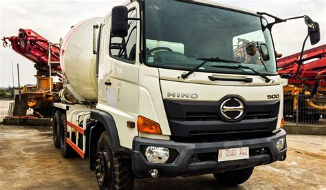 Truck Mixer Bekas hino fm260ti mixer truck molen jual beli alat berat jakarta