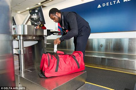 delta domestic baggage delta airlines unveils 50million technology that will let