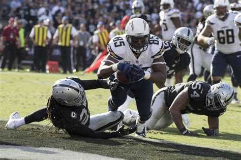 raiders or chargers buy or sell oakland raiders vs san diego chargers fox