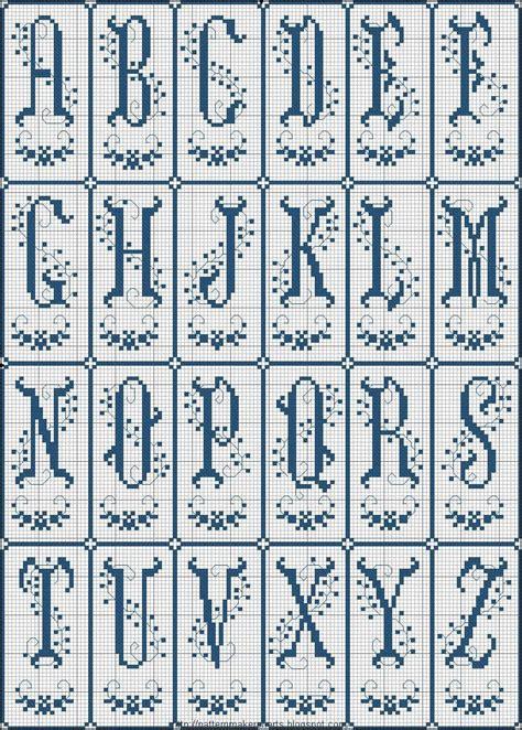 pattern maker en español gratis 2544 mejores im 225 genes sobre alphabets initial stitchery en