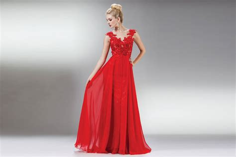 different ways to wear red christmas dress