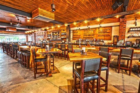 townhall restaurant bar  urban cafe  anise