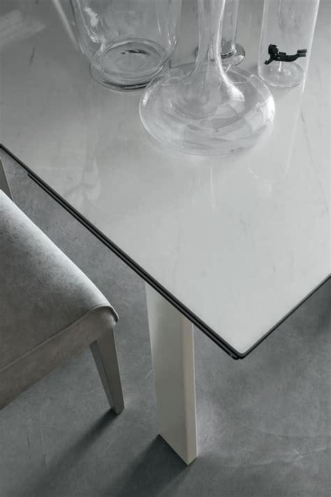 tavoli con piano in vetro tavolo da pranzo estensibile con piano in vetro idfdesign