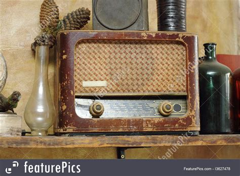 antiques  rarity  radio  vintage setup stock picture   featurepics