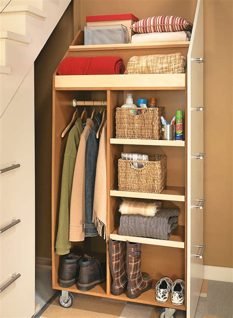 stair storage cabinet woodworking project