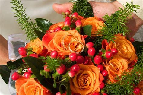 fiori arancione bouquet arancione ecco i fiori per un matrimonio allegro