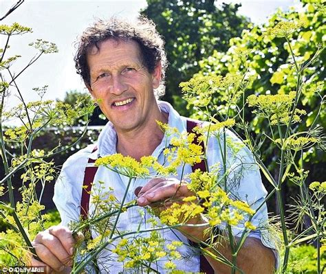 Garden Wear Uk Why I Never Wear Gloves In The Garden By Monty Don
