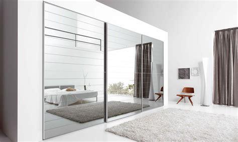 mobili armadi armadi in vetro soluzione di fascino e design