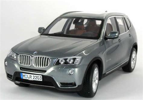 1:18 BMW X3 xDrive 35i (F25) spacegrau met. Werbemodell
